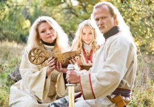 значение молота сварога для семьи