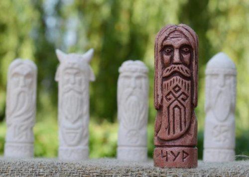 Бог Чур — хранитель рубежей и границ