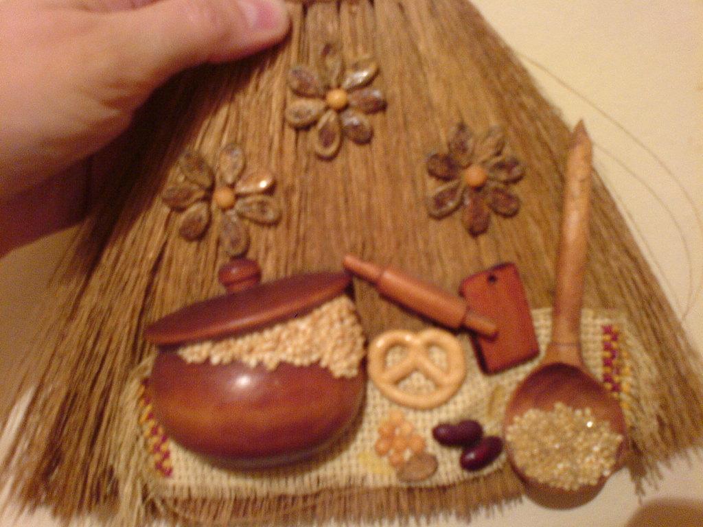 декорация обережного веника на достаток