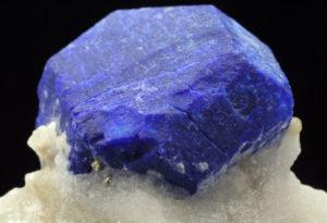 августит - синий берилл